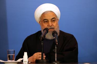 FOTO ARCHIVO.  El presidente de Irán, Hassan Rouhani, participa de una...