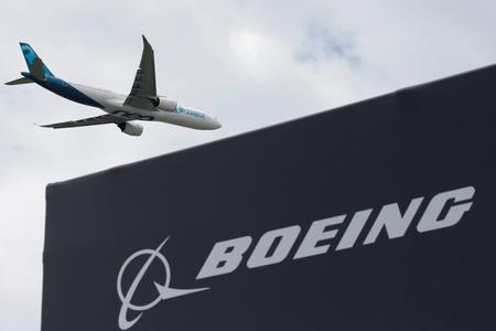 Airbus fights back with big name buyers after Boeing showstopper