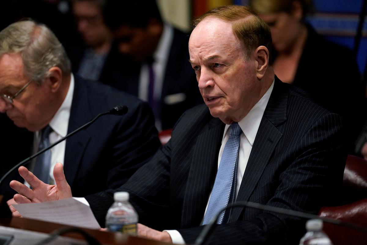 Senate panel OKs aid to ease migrant surge at southern border