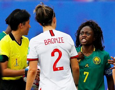 Women's World Cup: England 3 - Cameroon 0