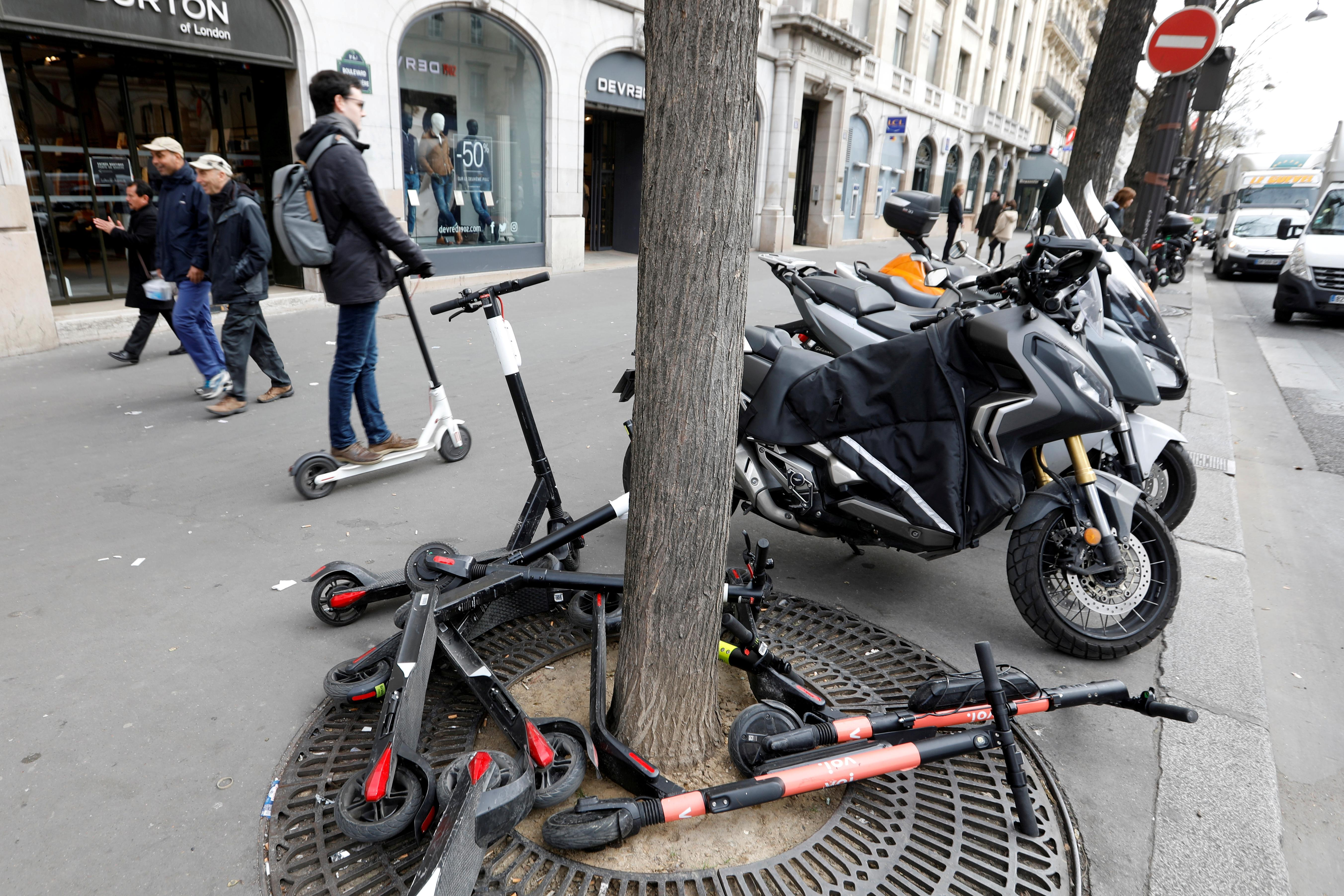 Paris clamps down on electric scooters as law of the jungle rules