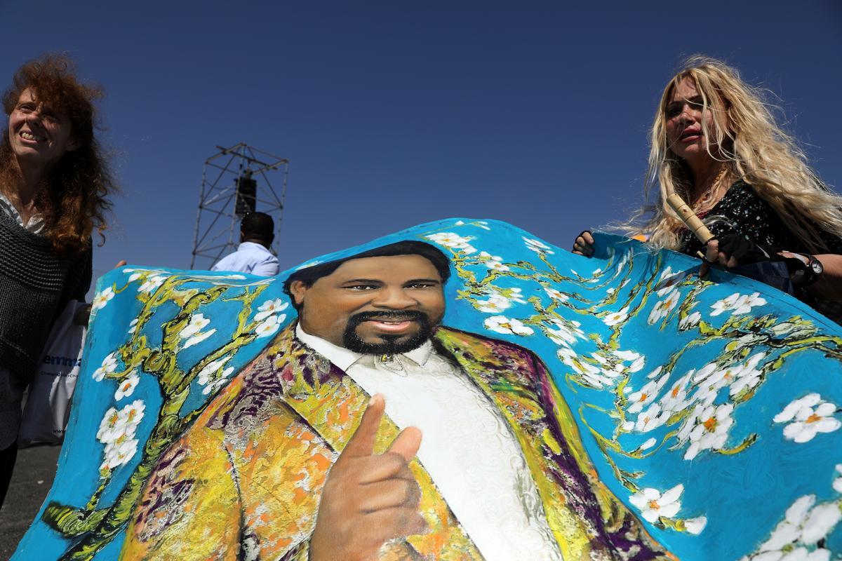 Worshippers seek Nigerian televangelist's blessing in Nazareth