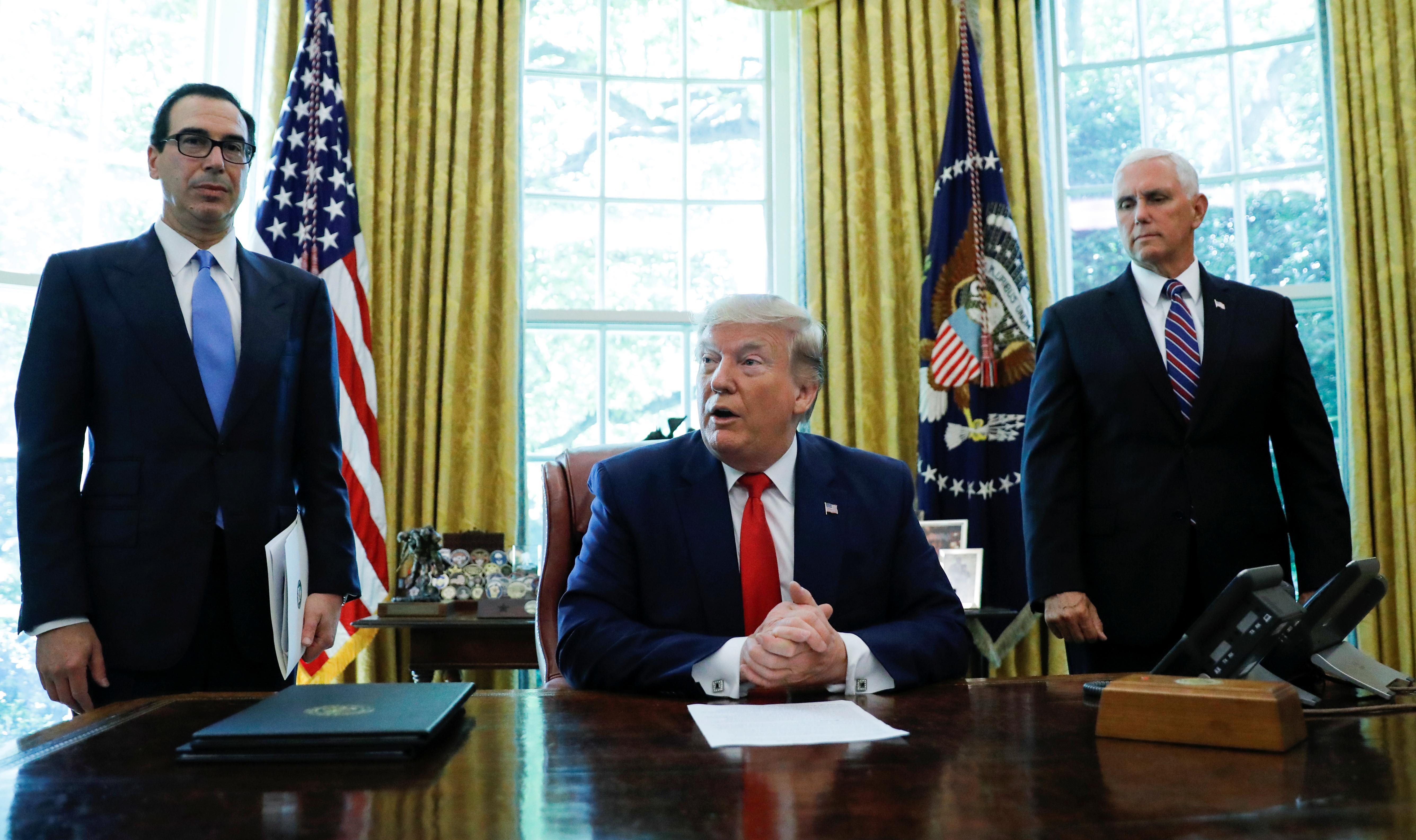 Trump impose de nouvelles sanctions américaines au dirigeant suprême de l'Iran et à d'autres hauts responsables