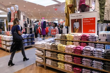 U.S. consumer confidence at 21-month low