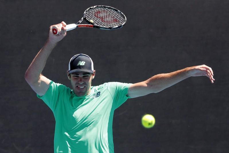 Des hommes américains risquent de se promener à nouveau dans le désert de Wimbledon