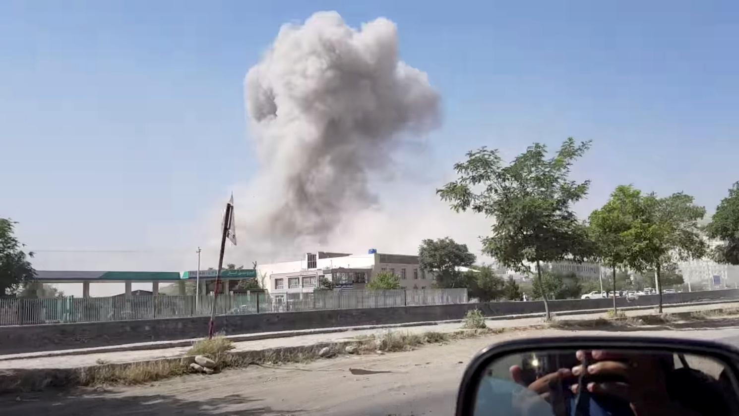 Six morts et 105 blessés dans l'attaque des talibans à Kaboul