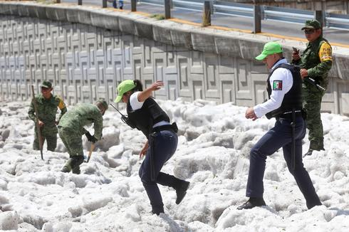 Freak hailstorm engulfs Mexican city