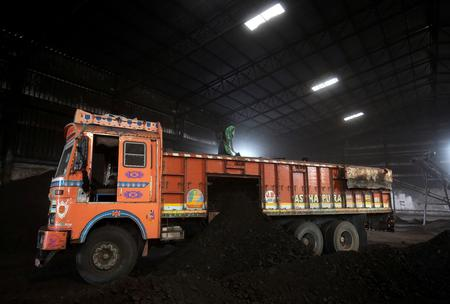 India plans $330 billion renewables push by 2030 without hurting coal