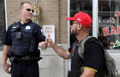 Far-right 'free speech' rally in Washington