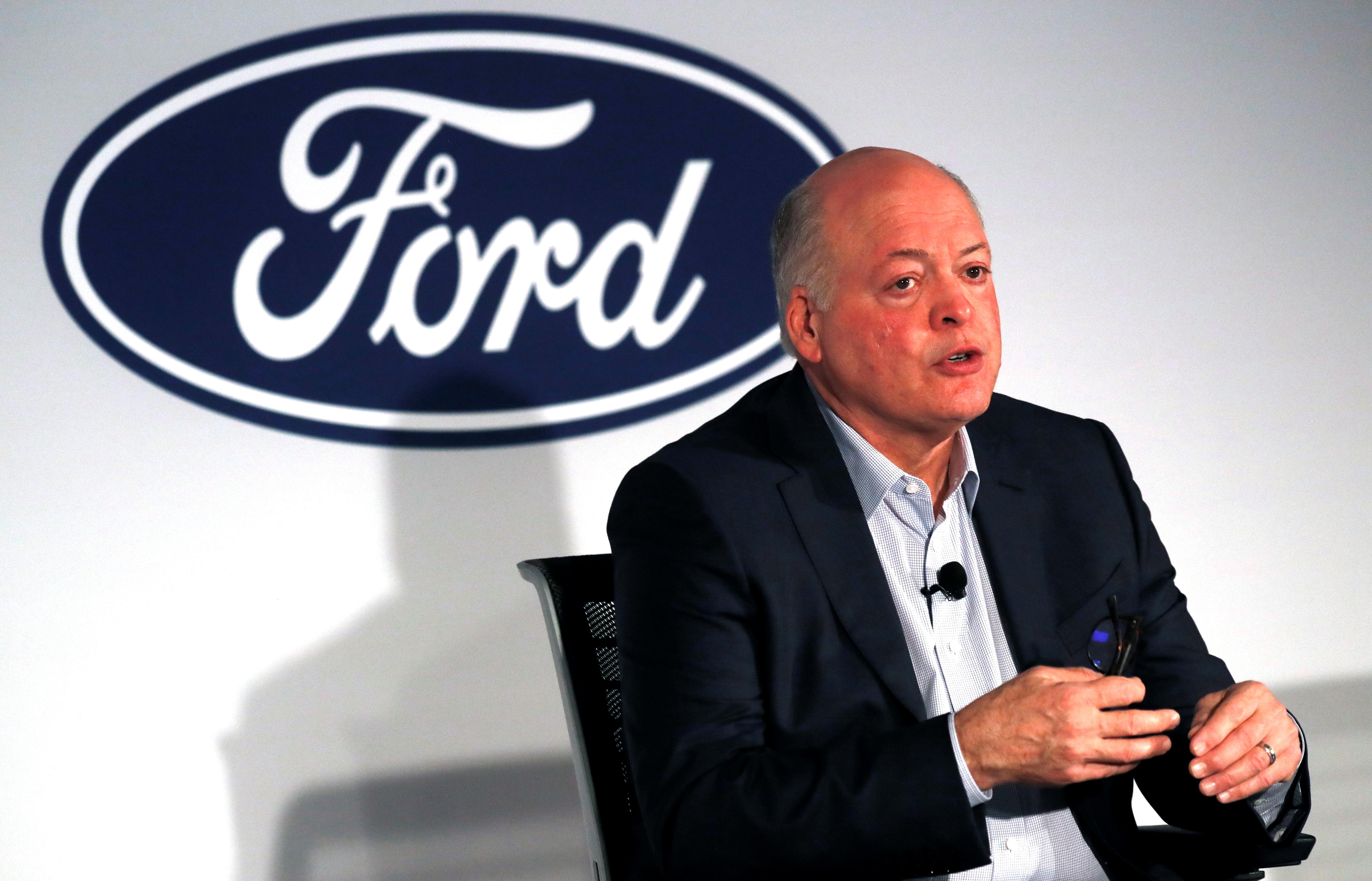 Ford, Volkswagen extend multibillion-dollar alliance to electric, automated cars