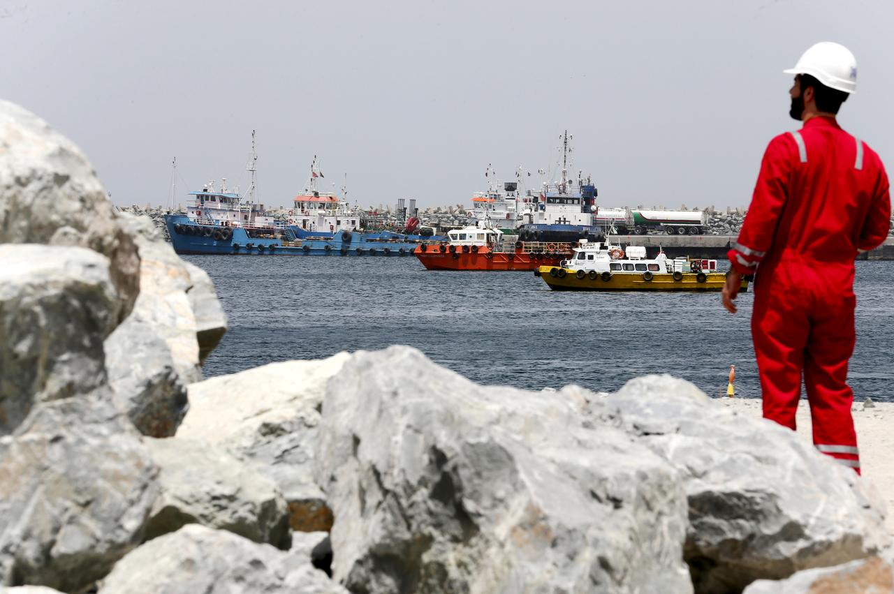War risk costs drag on UAE marine fuel sales, benefit Singapore