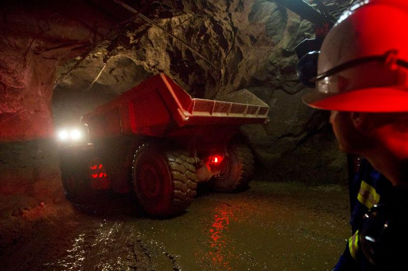 Zambia first-half copper output down 4% –mines ministry