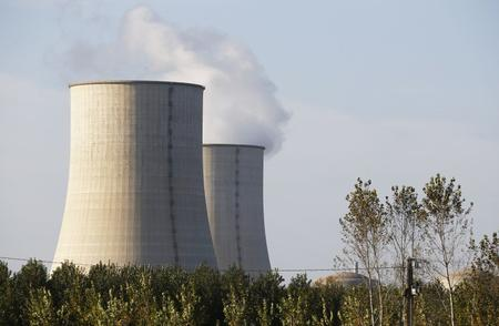 Hot weather could force EDF to halt output at Golfech nuclear plant