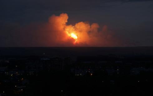 Blasts rock Russian arms depot