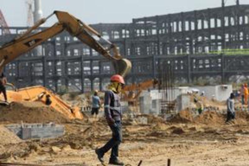 Nigeria's huge Dangote oil refinery delayed until end of 2020