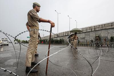 India scraps Jammu and Kashmir's special status