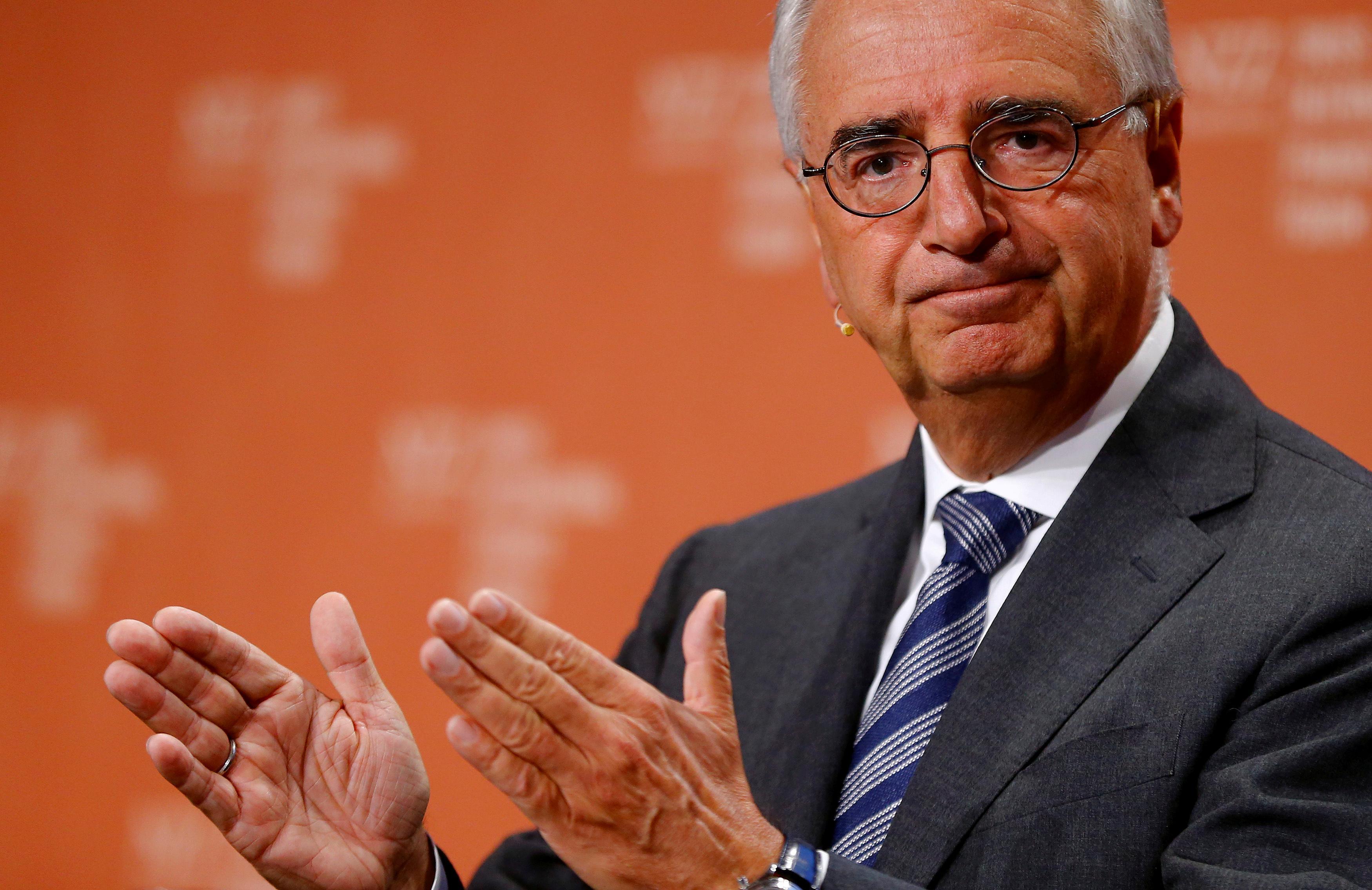 Some top Deutsche Bank investors want chairman to step down early: Der Spiegel