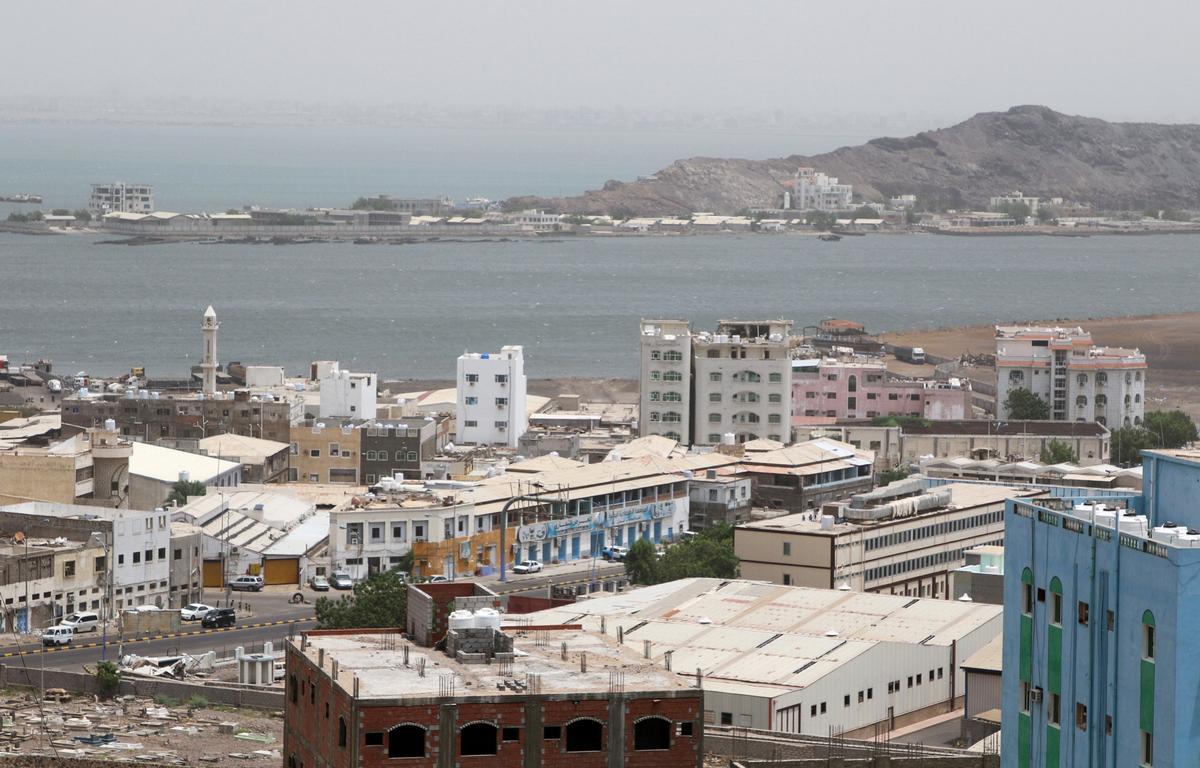 Aden-oponthoud vertraag Saoedi-beraad wat bedoel is om die nuwe Jemen-regering te bewerk: bronne