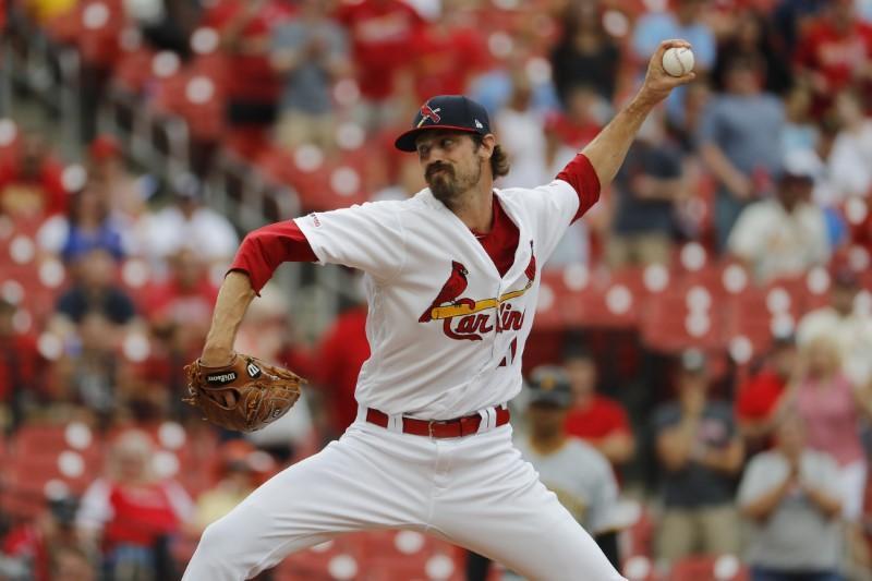 Roundup de la MLB: Les cartes perdent leur offre de no hit au huitième
