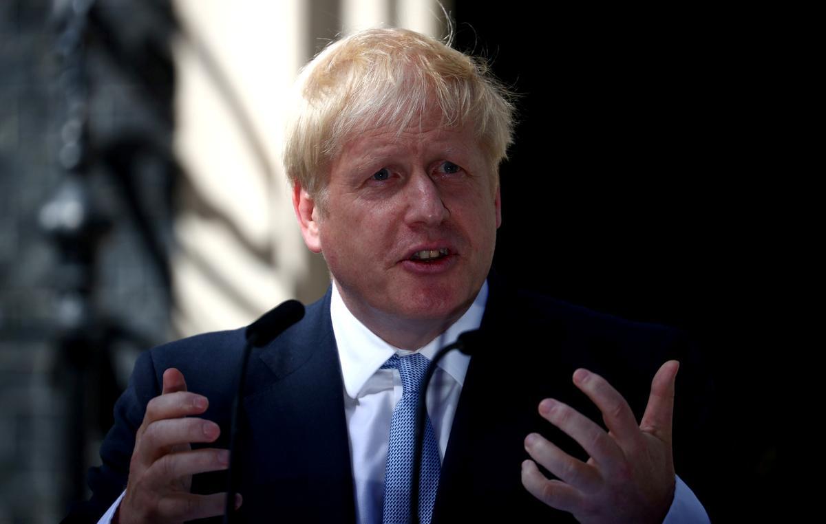 Brittanje se Johnson-opening van Brexit-bod: breek die Ierse grens agteruit