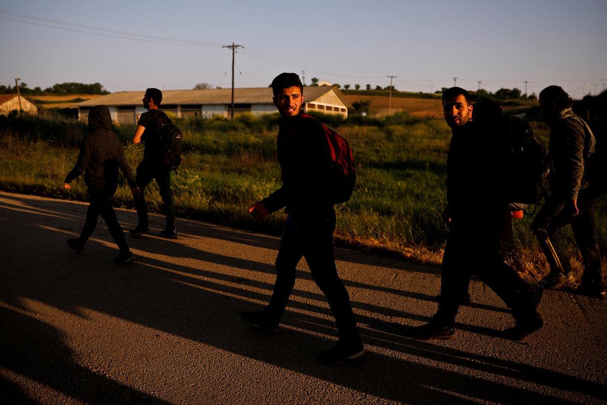 Siriërs wat gedwing word om uit Istanbul te verwyder, word tydelik uitgestel