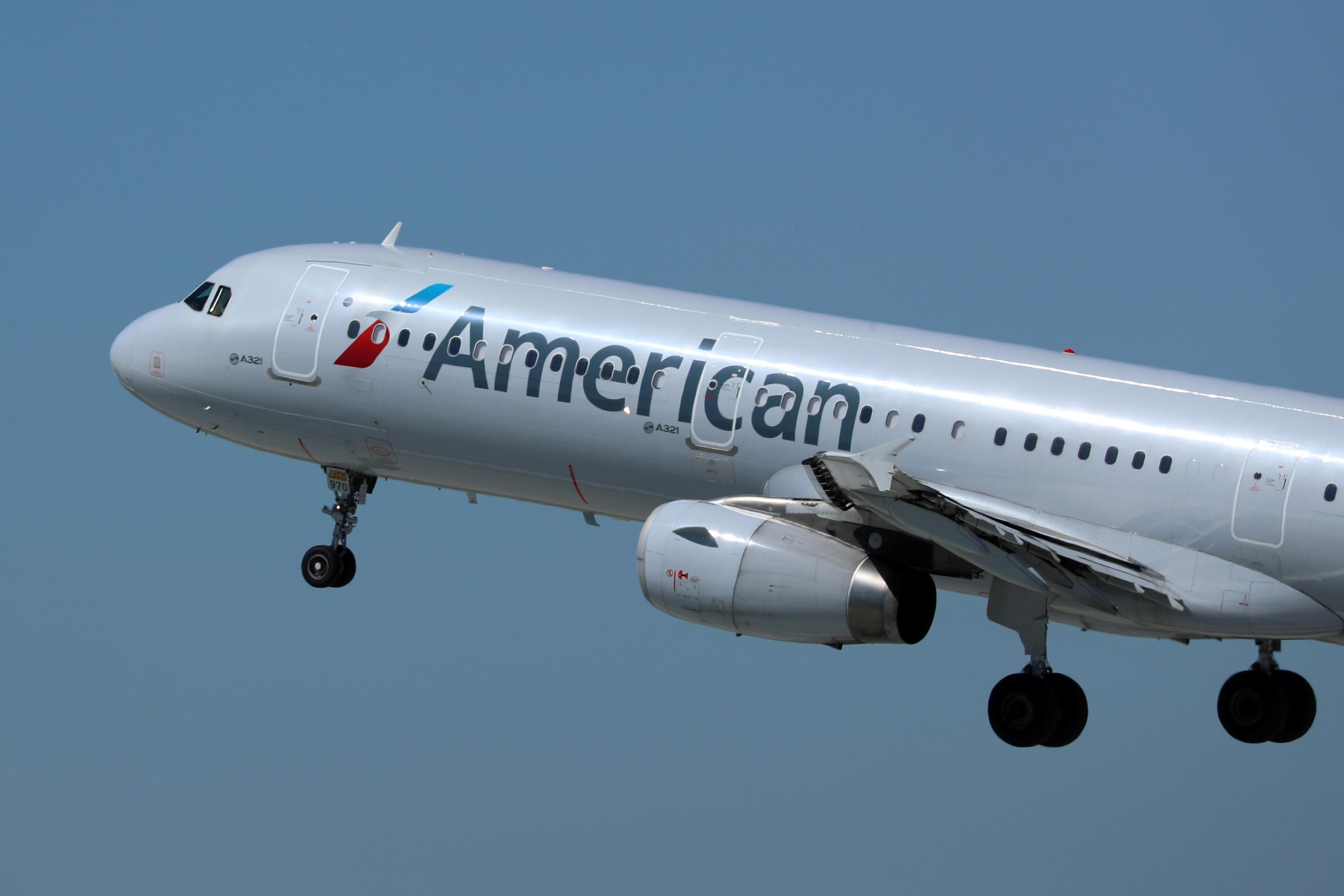 American Airlines to pay $22.1 million U.S. fine over mail delivery times: Justice Department
