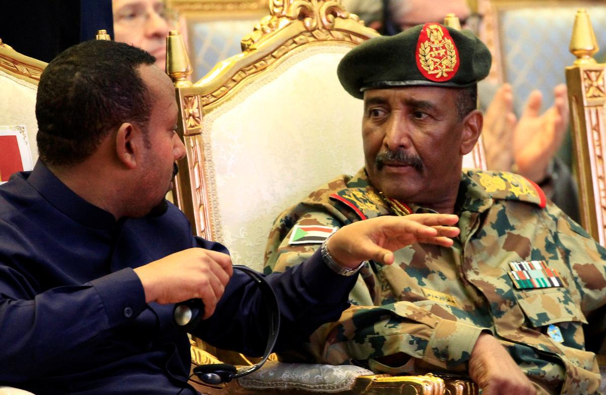 Hoof van Soedan se nou ontbinde militêre raad het ingesweer om 'n nuwe regerende liggaam aan te stel