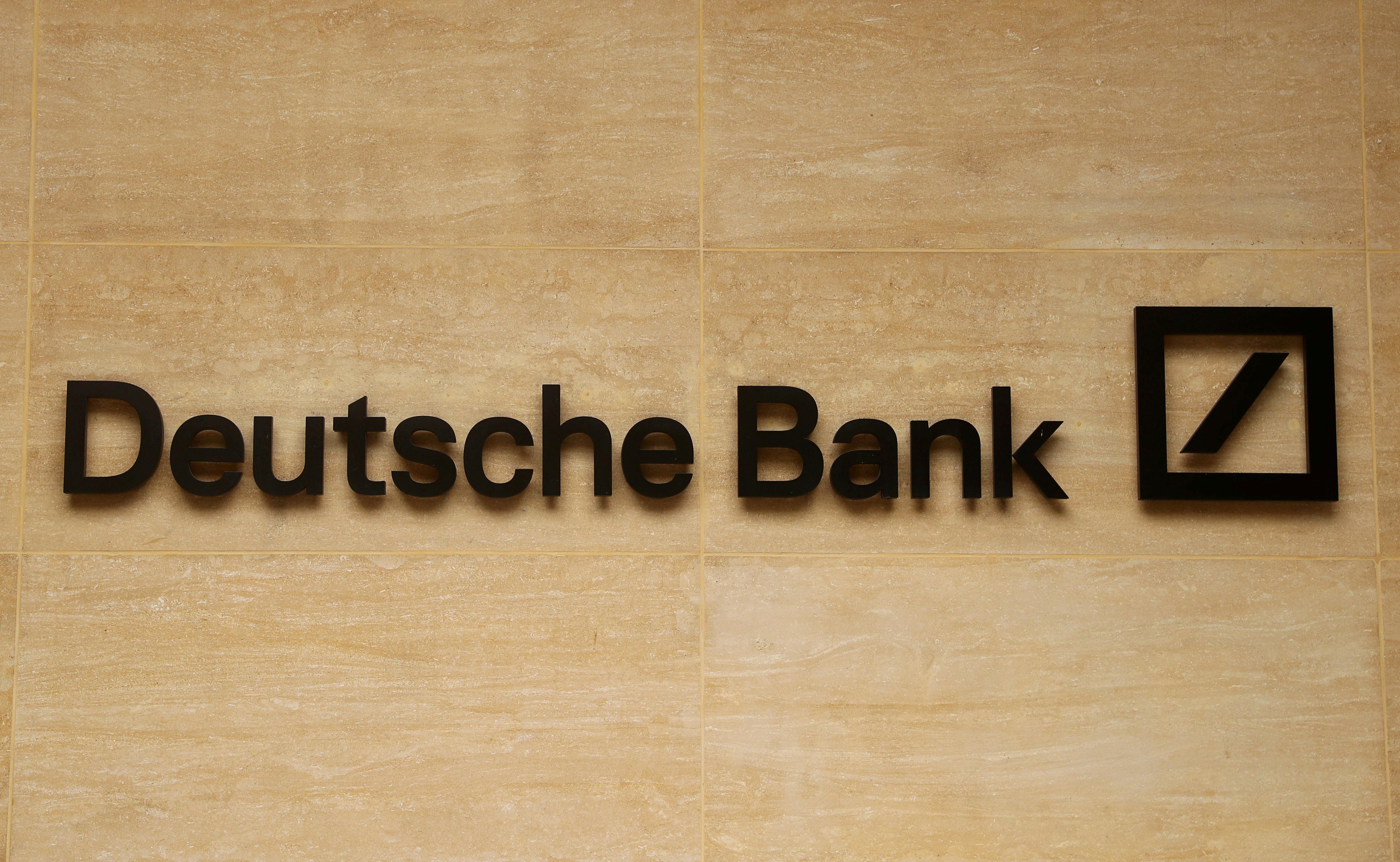 Deutsche Bank tightens worldwide procedures on new hires: memo
