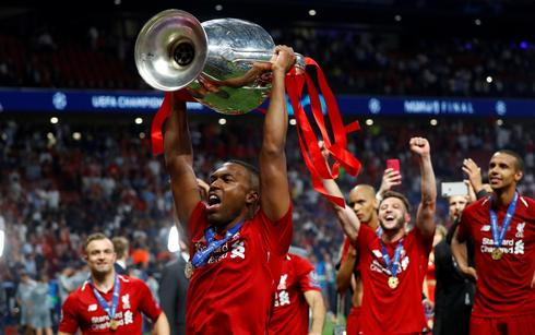 Sturridge joins Turkish side Trabzonspor