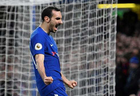 Chelsea's Zappacosta joins Roma on loan