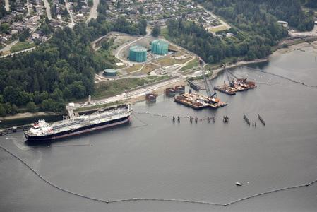 UPDATE 2-Canada's Trans Mountain restarts construction on contentious pipeline expansion