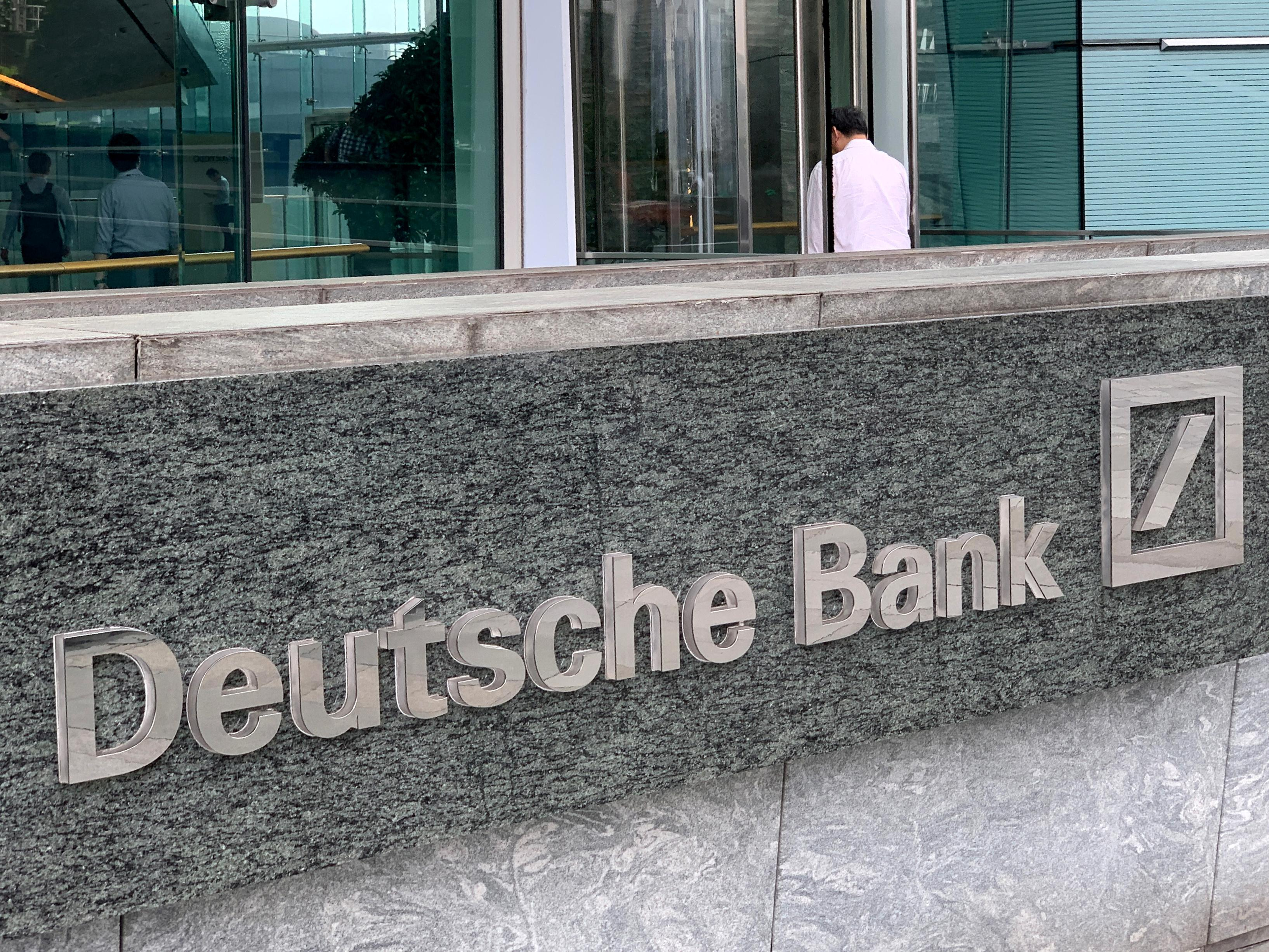 Deutsche Bank to transfer up to 800 people to BNP in prime brokerage deal: source