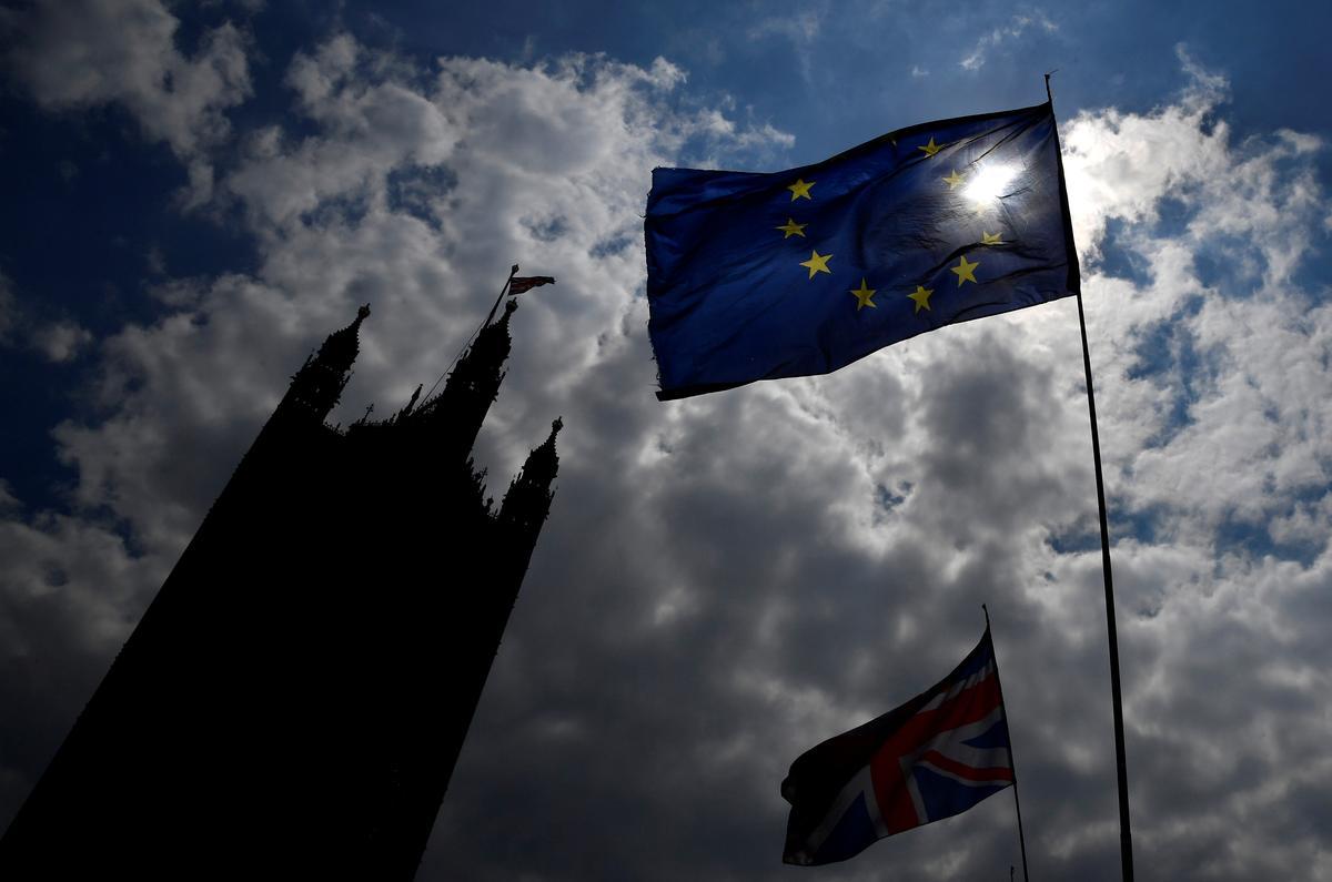 Groot-Brittanje sal Sondag $ 37 miljard van die EU onttrek in die Brexit: Mail-ooreenkoms