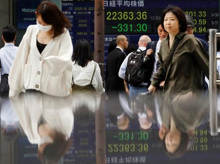 GLOBAL MARKETS-Shares skid as trade war deepens, fuels bond rush