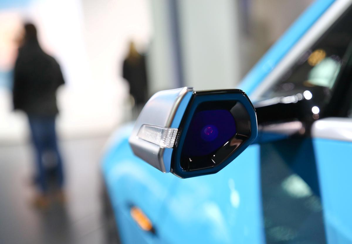 VSA om spieëllose, kamera-gebaseerde stelsels in motors te toets