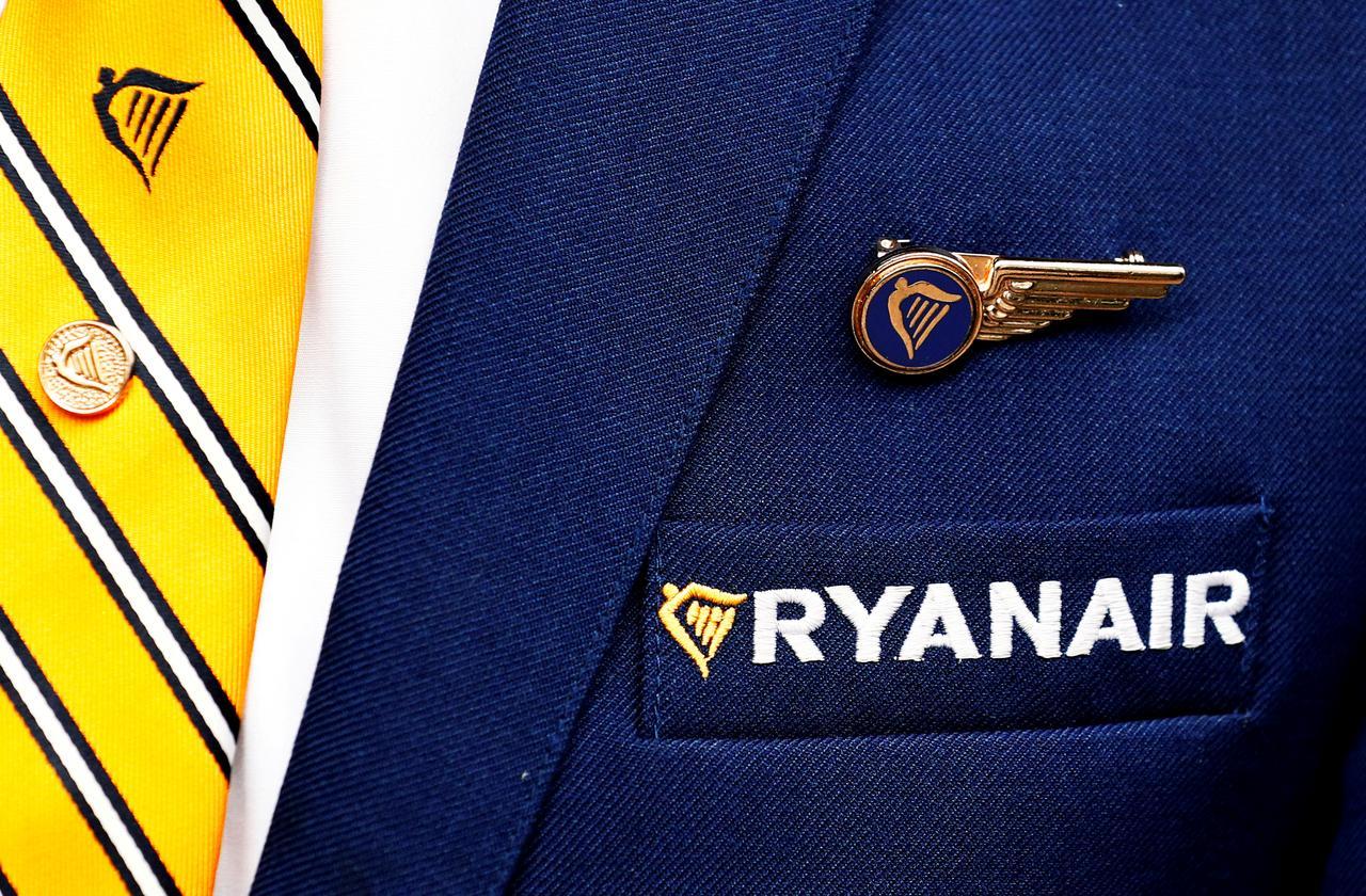 Spanish union calls five-day Ryanair pilot strike - Reuters