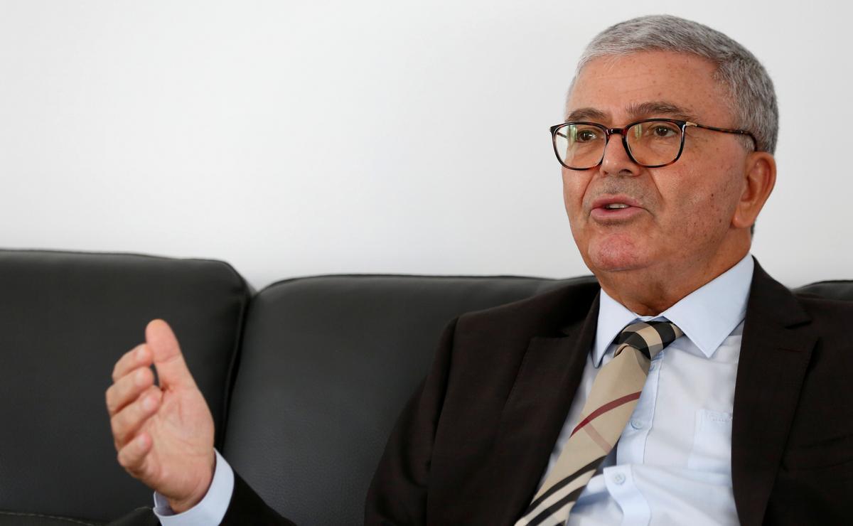 Zbidi, Tunisië, sê hy sal die grondwet wysig indien hy tot president verkies word