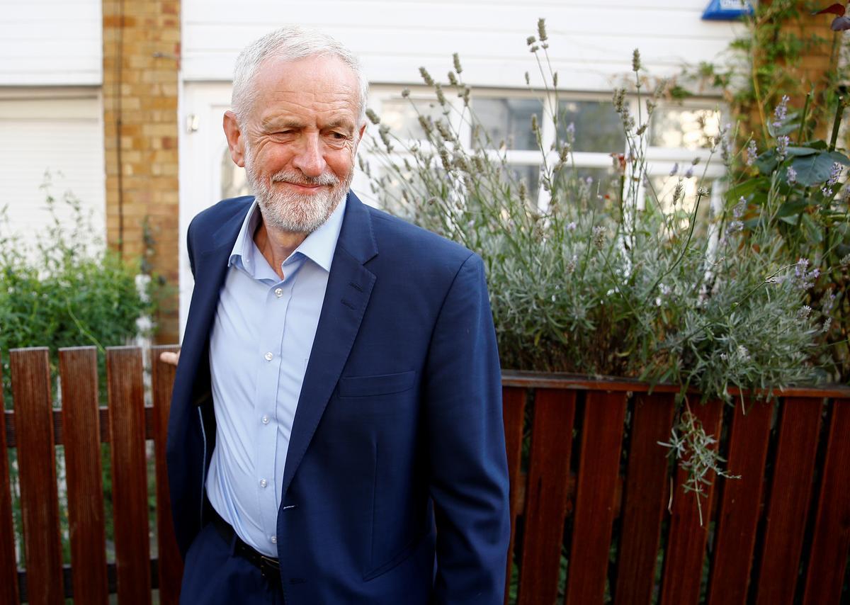 Die Britse premier, Johnson, moet deur die parlement tot verantwoording geroep word: opposisieleier Corbyn