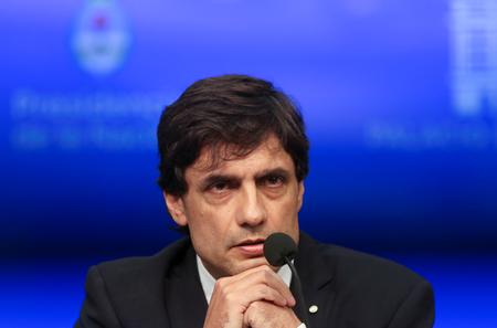 Argentina says to extend maturities of international bonds, IMF debt
