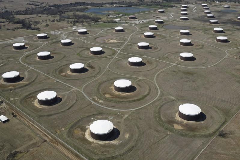 U.S. sour crude prices slide ahead of low-sulfur fuel mandate: traders