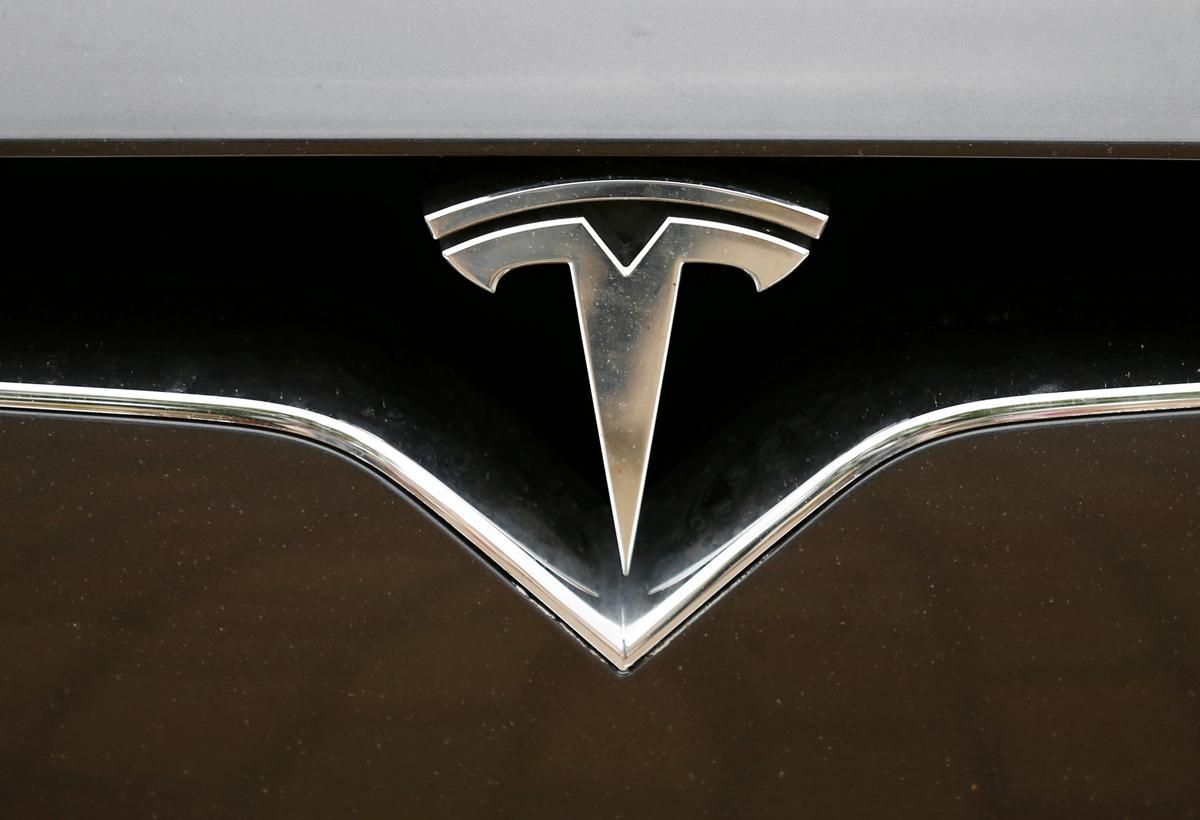 Tesla verhoog pryse vir Model 3, ander motors in China te midde van 'n swakker yuan