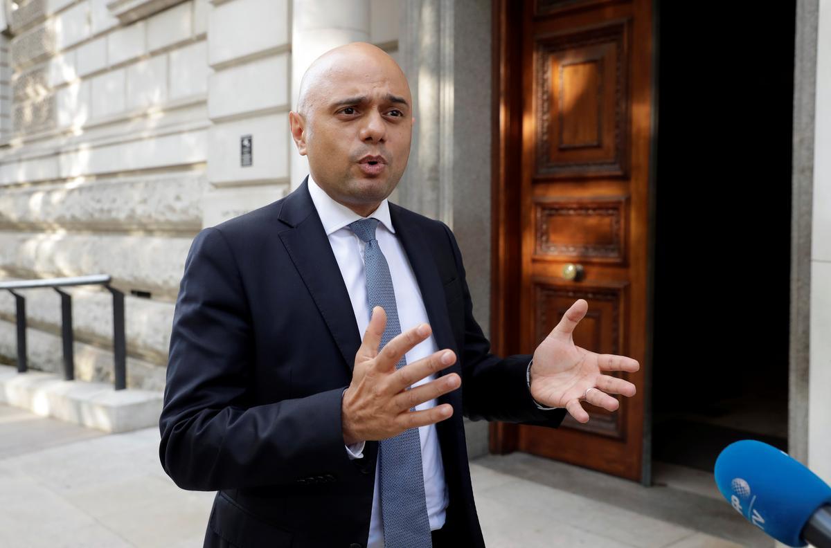 Minister van Finansies, Britse minister van Finansies, het by premier Johnson 'uitgeput' oor hulpverlening: media