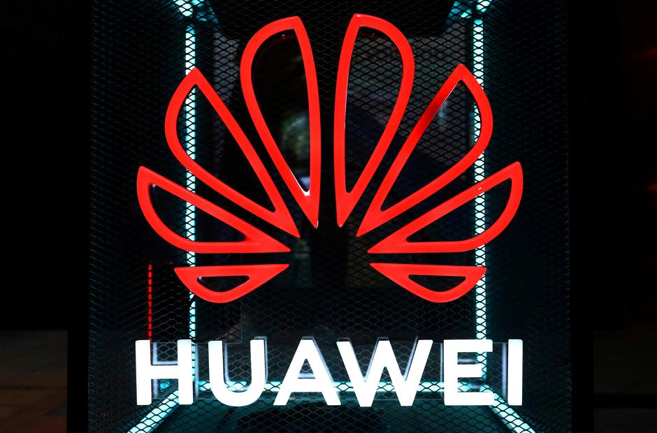 Huawei shows off 'most powerful' chipset as forges ahead
