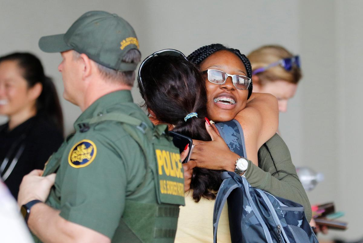 Hundreds of weary, hopeful Bahamas evacuees arrive in Florida by ship
