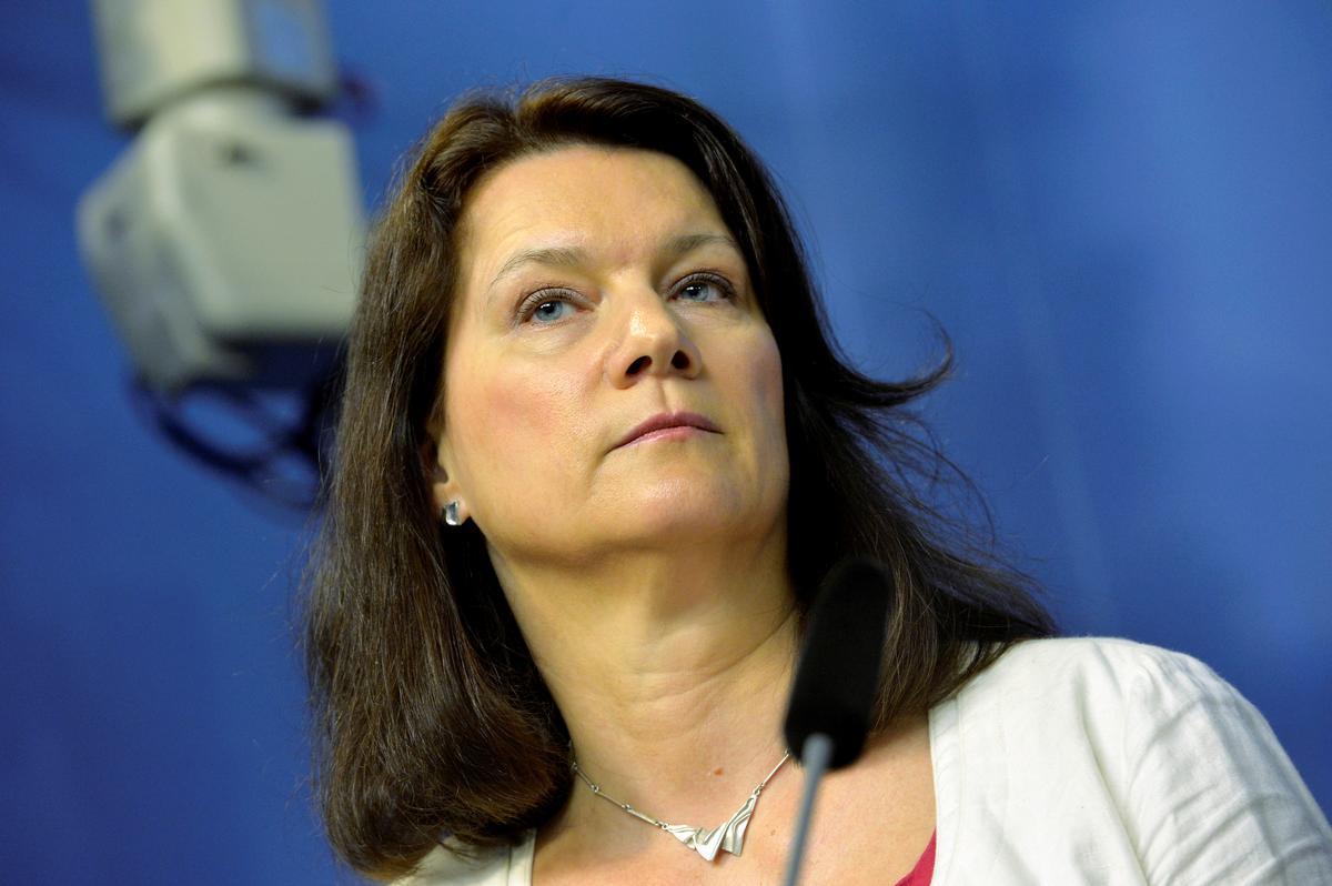 Die Sweedse minister van handel, Linde, skuif na buitelandse sake: TV