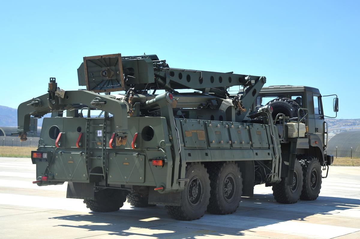 Amerikaanse sanksies oor Turkye se S-400 koop: Mnuchin