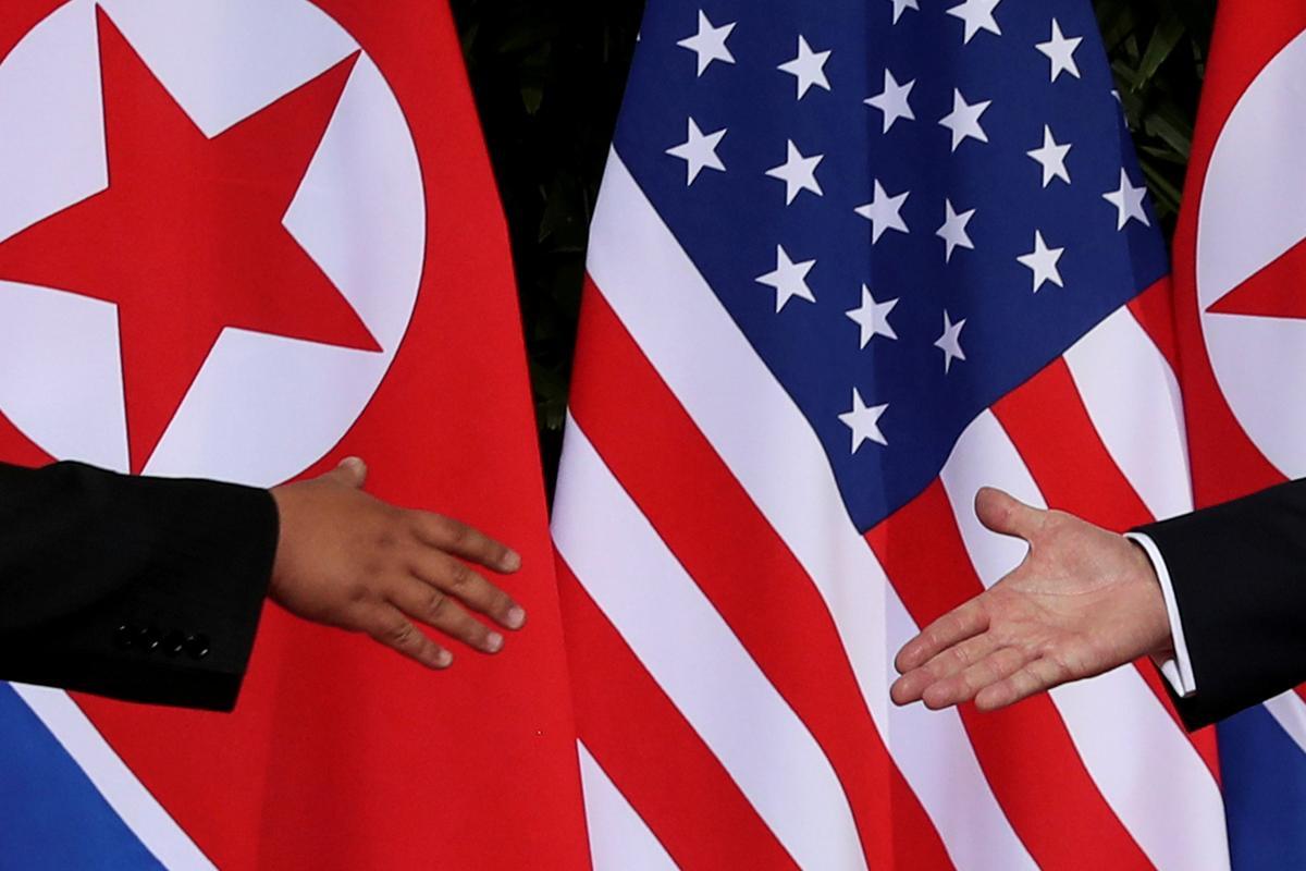 Noord-Korea sê bereid is om die Amerikaanse samesprekings vandeesmaand te hervat, stel meer projektiele bekend