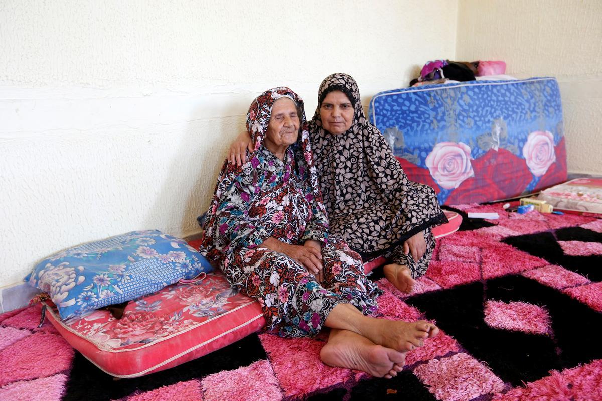 Libië se ontheemde stryd om skuiling te kry terwyl hulle veg
