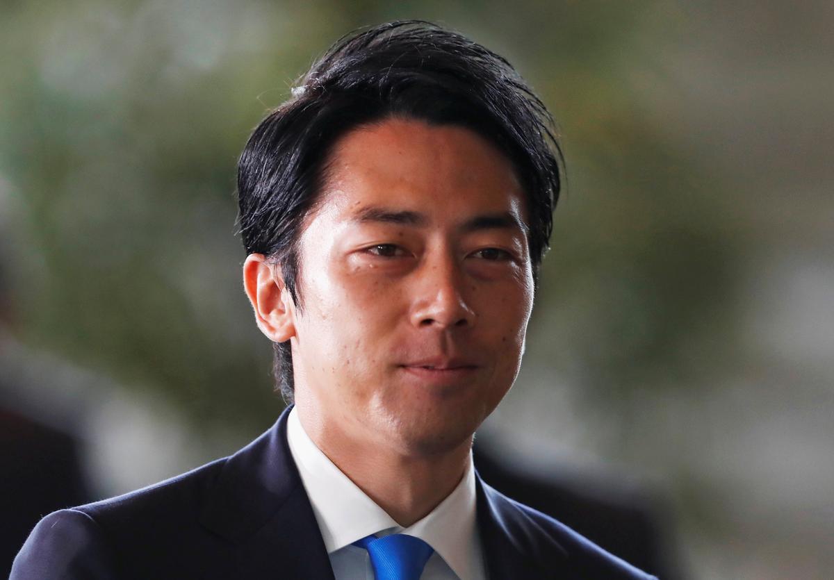 Japan se Shinjiro Koizumi: stygende ster wat in die nuwe kabinet van PM Abe getoets moet word