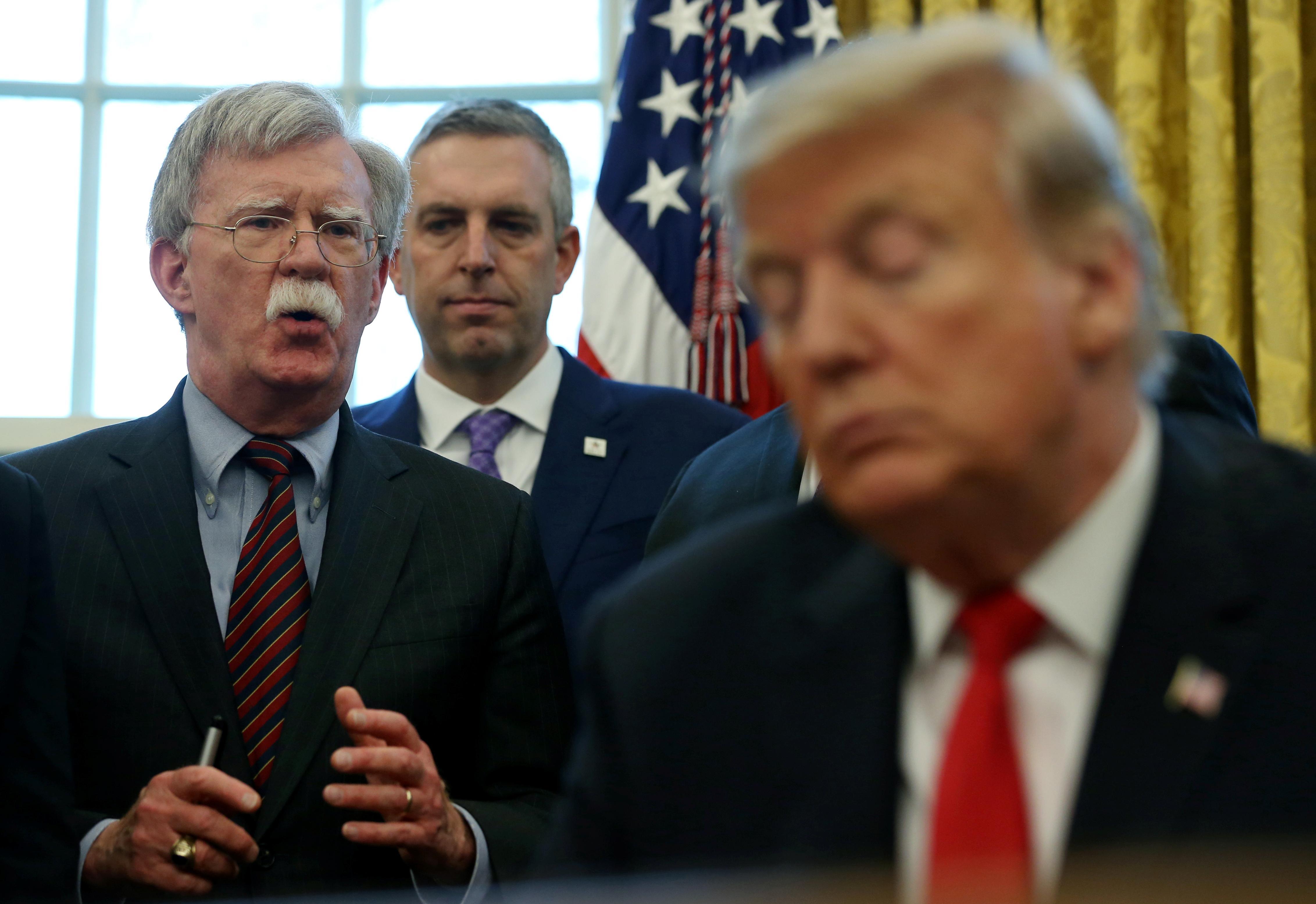 """Trump déclare que Bolton est un """"désastre"""" pour la Corée du Nord et """"hors de ligne"""" pour le Venezuela"""